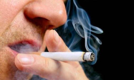 Warga-merokok-Marlboro