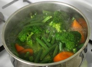 Boiling vegetables 1